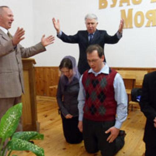 Рукопокладення служителів в церквах ХВЄ Житомирщини