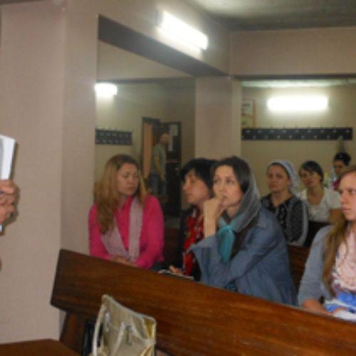 Тривають семінари для дитячих євангелістів