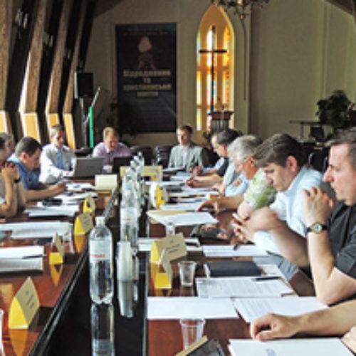Глави євангельських Церков закликають владу відхилити безбожні законопроекти