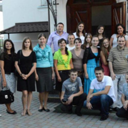 Молодь з Рівненщини служила в церквах Львівської області