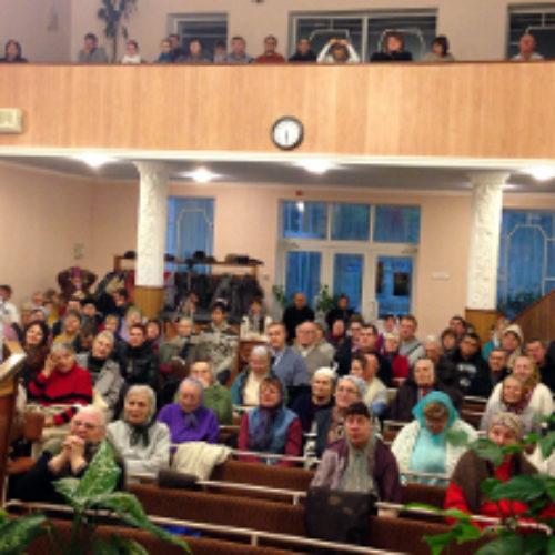 Старший єпископ проповідував про «п'ять сходинок віри» у Запоріжжі