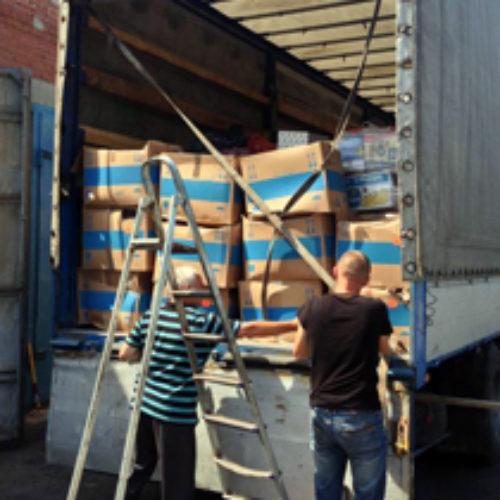 На відбудову Слов'янська вирушило три бригади християн-будівельників з Рівненщини