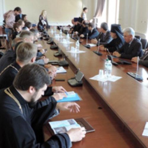 Мер Віталій Кличко священнослужителям Києва: «Моя рука простягнута до кожного з вас» (ОНОВЛЕНО)
