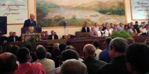Старший єпископ відвідав сільські церкви на Рівненщині