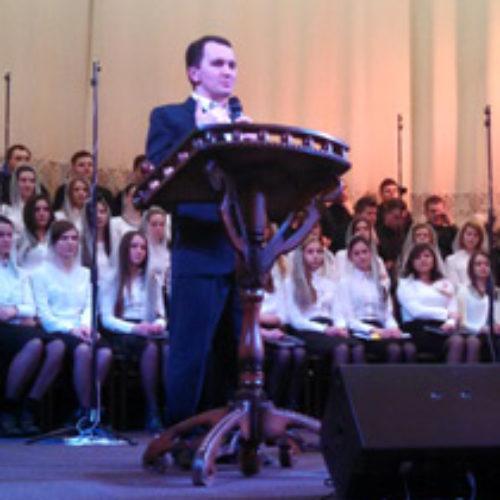 22 березня молодь з церков Києва та області вчилися на молодіжній конференції про свої місце та роль у Божому плані