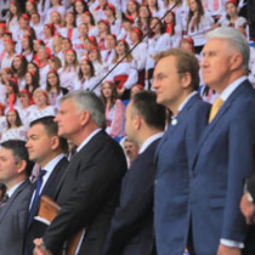 У день Фестивалю надії  на найбільший стадіон Львова прийшло близько сорока тисяч людей (репортаж)