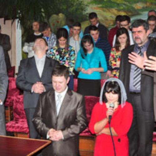 Запорізькі та Дніпропетровські церкви ХВЄ відзвітували про роботу за рік
