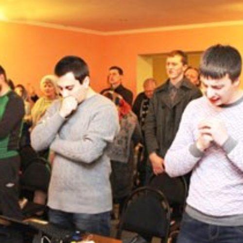 Про капеланів, владу і власні вуста молилися члени церков м. Києва під час з'їздного зібрання у  Бучі