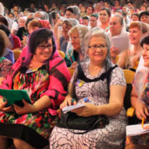 У 21 столітті кожна віруюча жінка – місіонерка, переконані учасниці річної сестринської конференції
