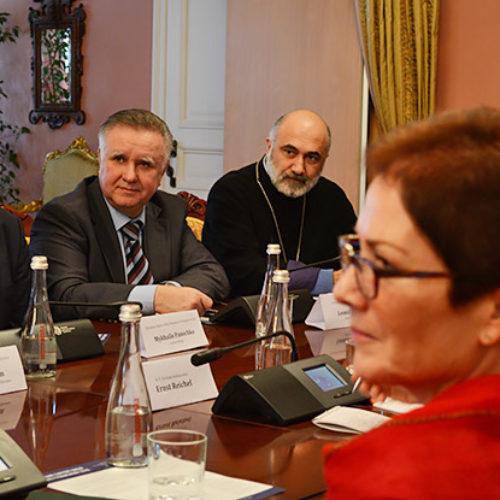 «Реформи не підуть, поки не буде змінено людське серце» – Михайло Паночко під час зустрічі членів ВРЦіРО з послами країн G7