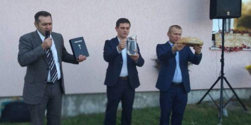 Село Семиполки спасається через дітей