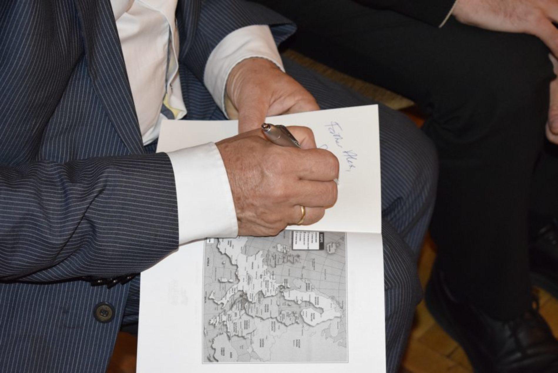 Як повернути справжнє біблійне обличчя Європи – у Києві відбулася презентація книги Джеффа Фонтейна «Глибоке коріння»