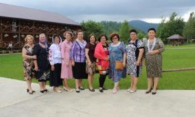 «Щоб думка оперта на Бога була, а в серці жив мир», – нотатки із Всеукраїнської жіночої конференції УЦХВЄ