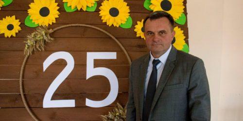 Гості з різних куточків України приїхали до Пирятина, щоб привітати церкву із 25-ю річницею
