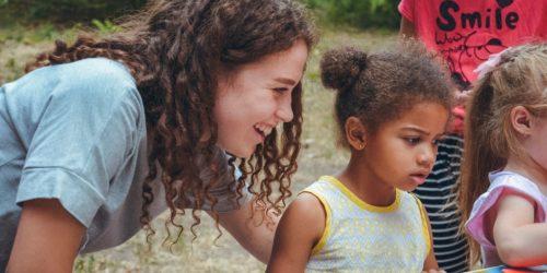 Сотні дітей взяли участь у суботніх євангелізаціях «Fishers», організованих одеською церквою «Віра, Надія, Любов»