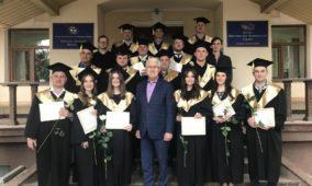 18 випускників КБІ отримали дипломи бакалавра та християнського служителя за програмами «Пасторське служіння» і «Християнська педагогіка»