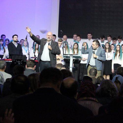 «Раніше українські місіонери їхали на Схід, зараз настав час їхати і Захід» – переконують учасники консультації П'ятидесятницьких Європейських Місій, що пройшлав Києві