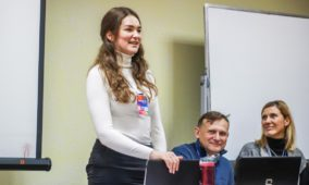 Полтавську молодь навчали інтернет-благовістю
