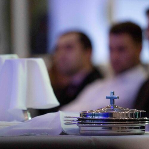 Уряд послабив карантин для релігійних організацій