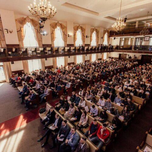 «На конференції запрошуємо спікерів-практиків, стараємось орієнтувати молодь на кращий світовий досвід» – директор Департаменту молоді Іван Білик