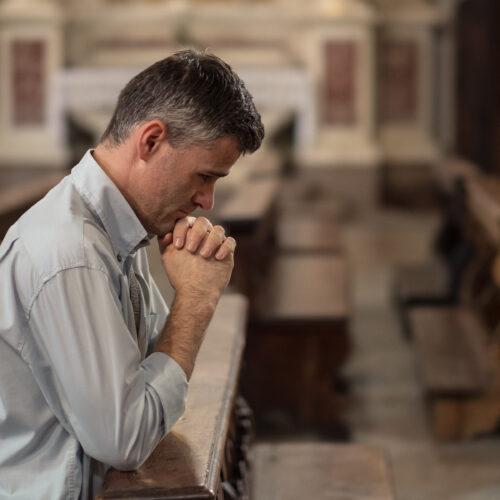 ВРЦіРО запропонувала уряду пом'якшити карантин для релігійних організацій