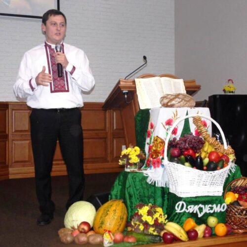 «Біблійний інститут змінив мій погляд на п'ятидесятництво» – ректор КБІ Олександр Довиденко