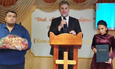 День подяки у місті Жашкові Черкаської області святкували з рукопокладенням пастора