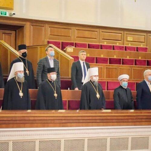 «Бажаємо нашим парламентарям відповідально ставитися до мандату та розумно використовувати час» – Михайло Паночко