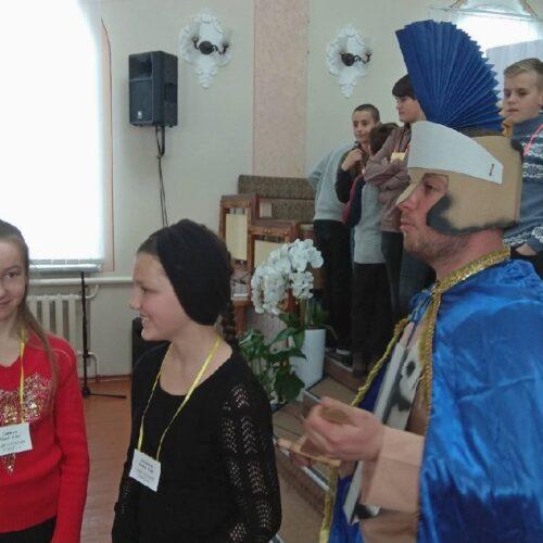 Біблійний брейн-ринг, квест та настанови – на Тернопільщині провели конференцію для підлітків