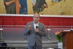 На Харківщині провели конференцію для подружніх пар