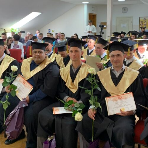 Два тижні поспіль у Київському Біблійному інституті святкували випуски