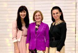 «Місію розібратись чим, як, коли, кому і навіщо сяяти — виконано!» – нотатки жіночої конференції на Прикарпатті