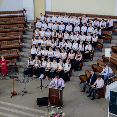 Хори та спів: чим славляться євангельські християни України