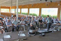 Комітет УЦХВЄ прийняв постановупро матеріальне служіння, десятини тафінансове забезпечення пасторів