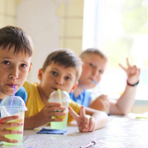 Діти з малозабезпечених сімей Житомирщини вчилися як «Жити зі смаком»