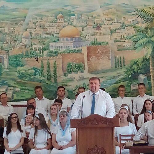 35 років Божих благословінь – церква в Ланівцях відзначала день народження місцевої громади
