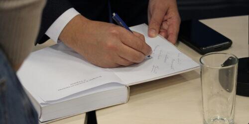 «Нова книга демонструє перехід п'ятидесятників «від гнаної меншості до впливової меншості» – Михайло Мокієнко